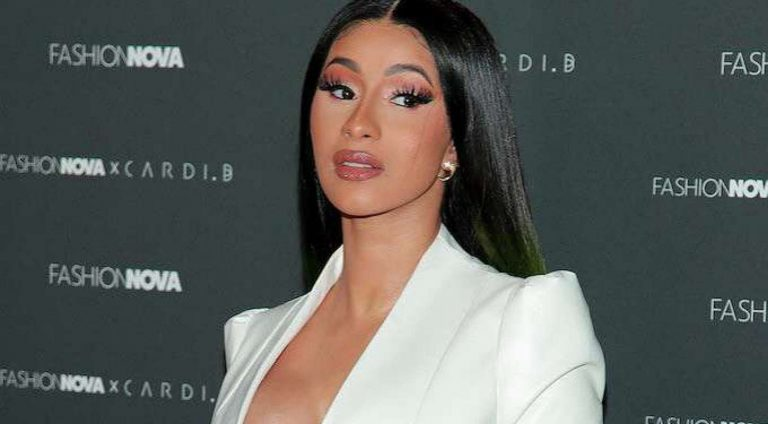 In a recent tweet, Cardi B declares a very serious interest in becoming a politician