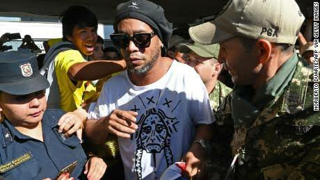 Ronaldinho and brother not to face prosecution for using fake passport