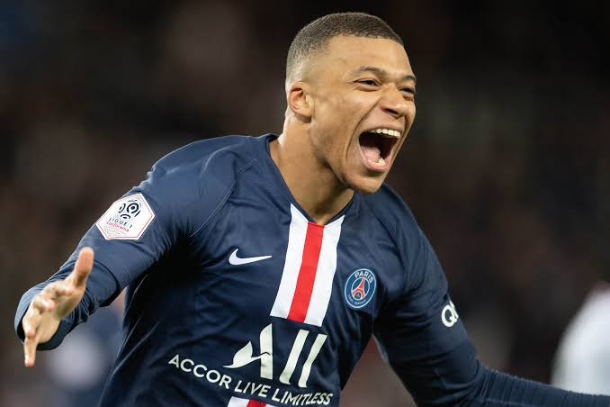 BREAKING: Kylian Mbappé has been tested for Coronavirus as he misses PSG training due to illness ahead of Dortmund clash
