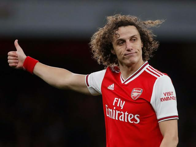 David Luiz: Chelsea staff begged me to return from Arsenal