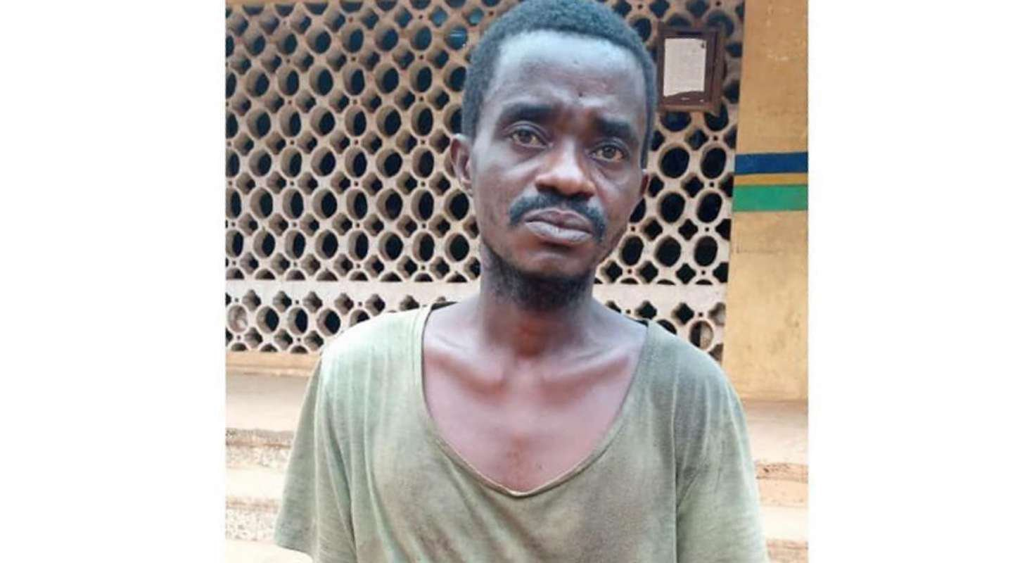 Man cut off neighbour's hands over missing iPhone