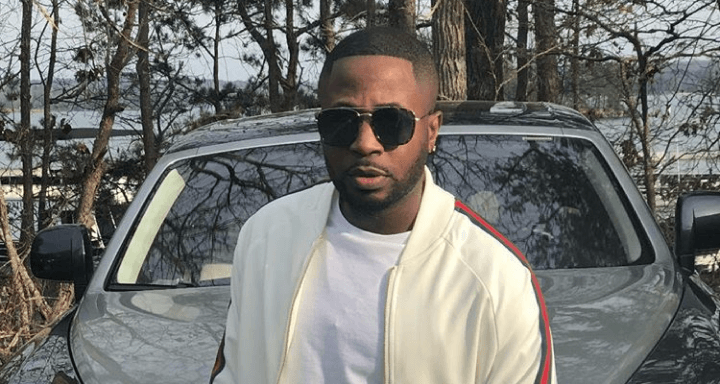 Tunde Ednut Contact / Tunde ednut has unveiled his brand new single 'jingle bell' featuring davido, tiwa savage and seun kuti.